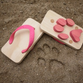 Adorable Japanese Sandals: Leave a Trail of Animal Footprints