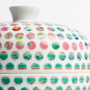 Spotted Porcelain Vases: Sandblasting Dots Out of Ceramics
