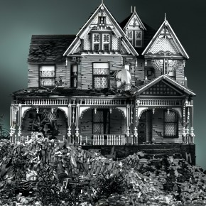 Amazing All-Lego Replicas of Abandoned Victorian Houses