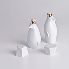Porcelain Pinguins: Adorable Ceramic Tableware Companions