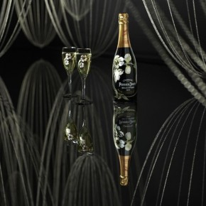 Gleaming Strands of Suspended Light: A Champagne-Inspired Installation By Glithero